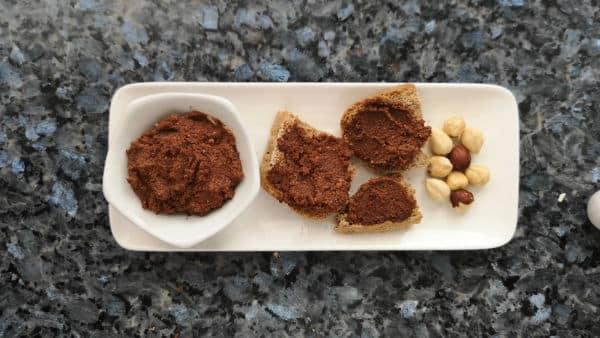 Receta casera de crema de cacao con avellanas